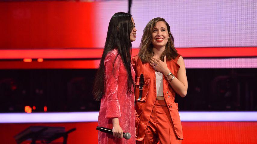 "Claudia Emmanuela Santoso und Alice Merton bei ""The Voice of Germany"""