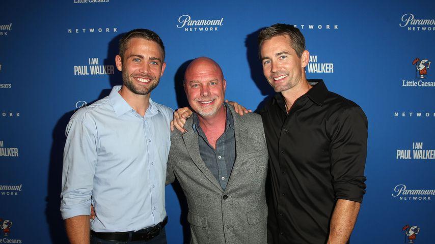 """Cody Walker, Rob Cohen und Caleb Walker bei der Premiere von """"Ich war Paul Walker"""""""