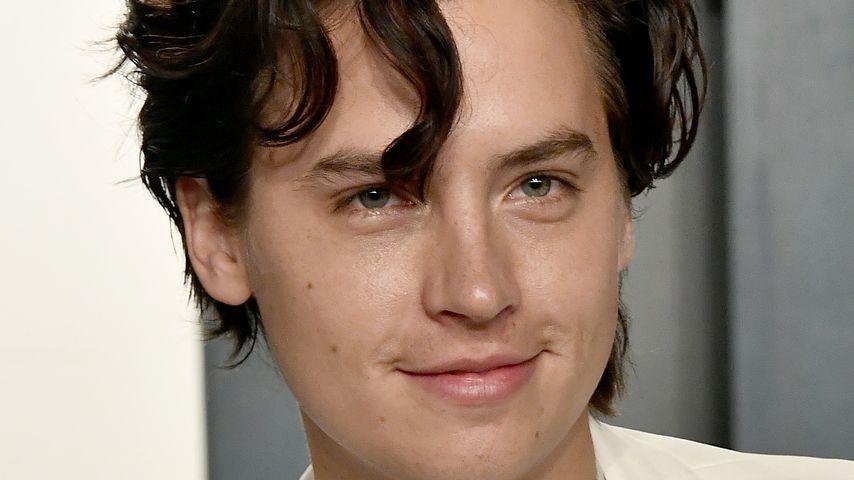 """""""Teenie-Fans ärgern"""": Verliebter Cole Sprouse ganz provokant"""