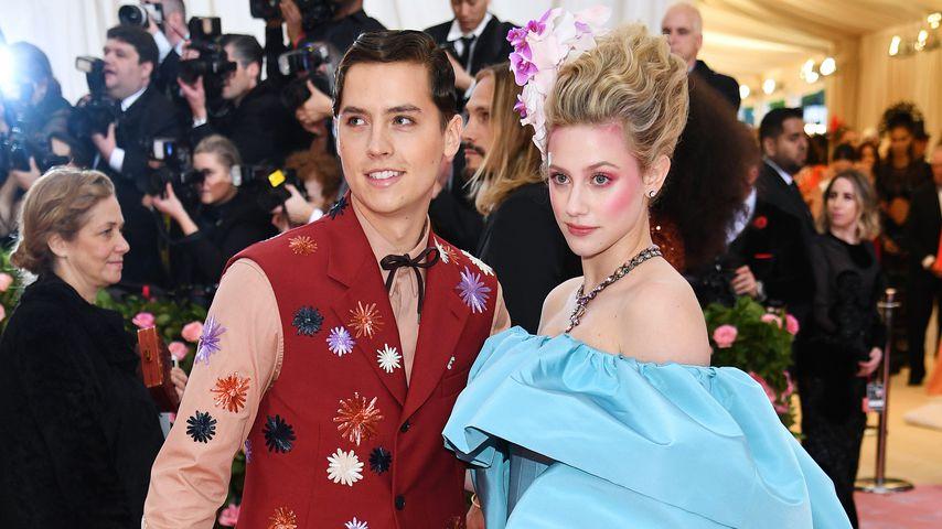 Cole Sprouse und Lili Reinhart auf der Met Gala 2019