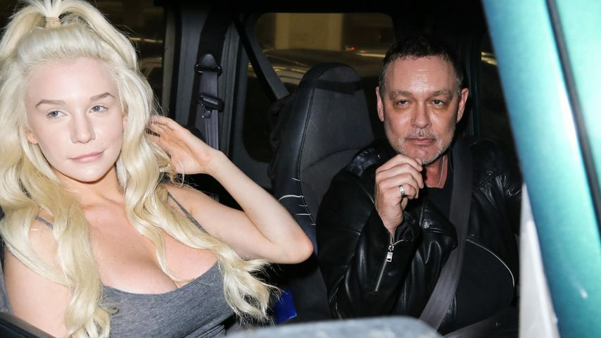 Courtney Stooden mit Ehemann Doug Hutchison unterwegs in Los Angeles