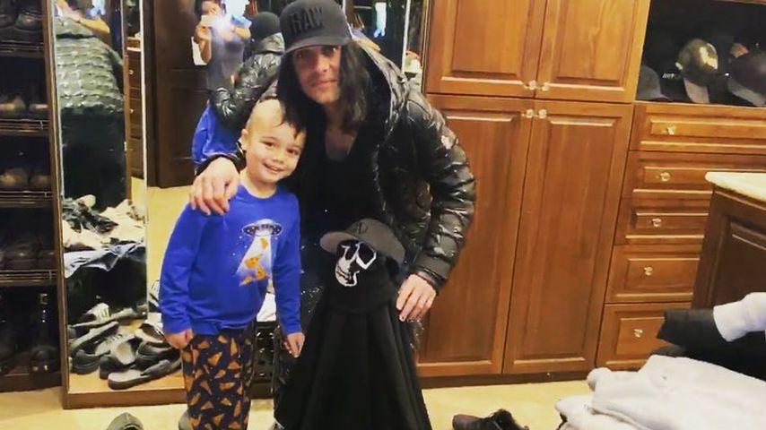 Gebete erhört: Criss Angels Sohn nach Chemo wieder zu Hause