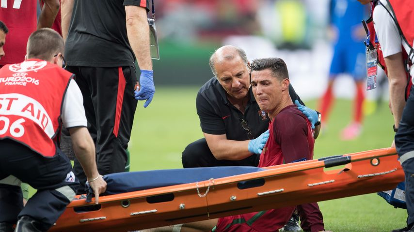 Verletzung im Finale: So steht es um Cristiano Ronaldos Knie