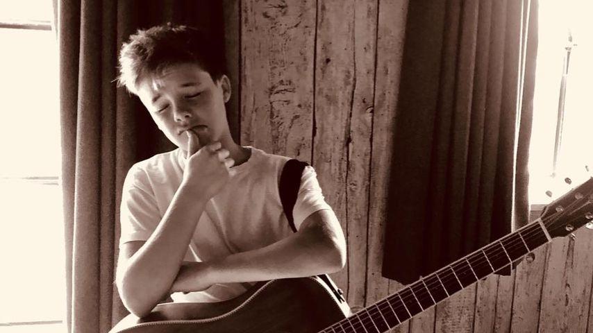 Cruz Beckham: Für welches Mädchen singt er diesen Lovesong?