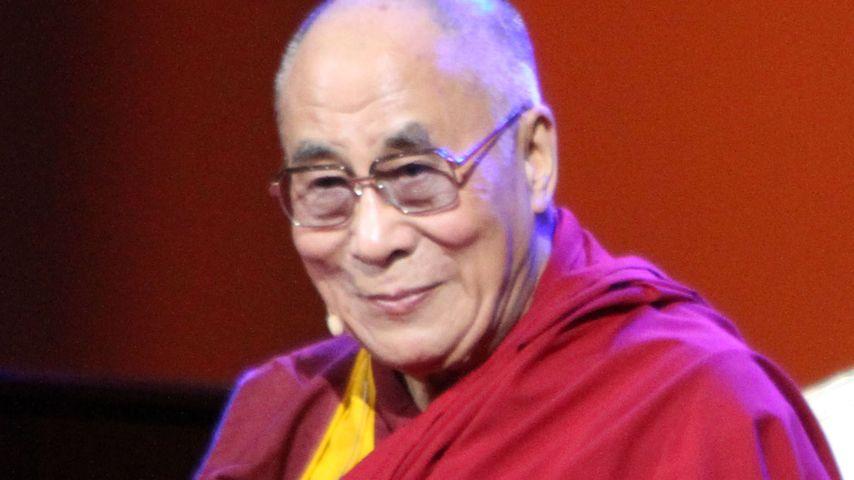 Altersbeschwerden: Dalai Lama wird in einer Klinik behandelt