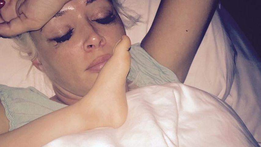 Daniela Katzenberger: Schmink-Schlaf-Pic spaltet die Gemüter
