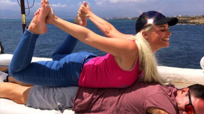 Akrobatisch: So ulkig ist Danis Post zum 2. Hochzeitstag