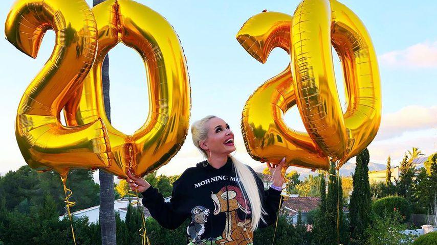 """""""Für Opa Costa"""": Die Katze lässt 2020-Ballons steigen"""