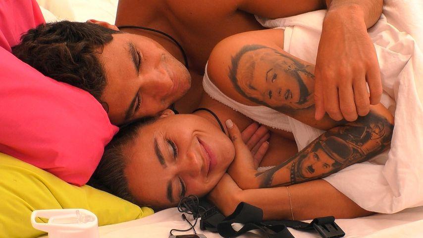 Danilo und Melissa im Bett