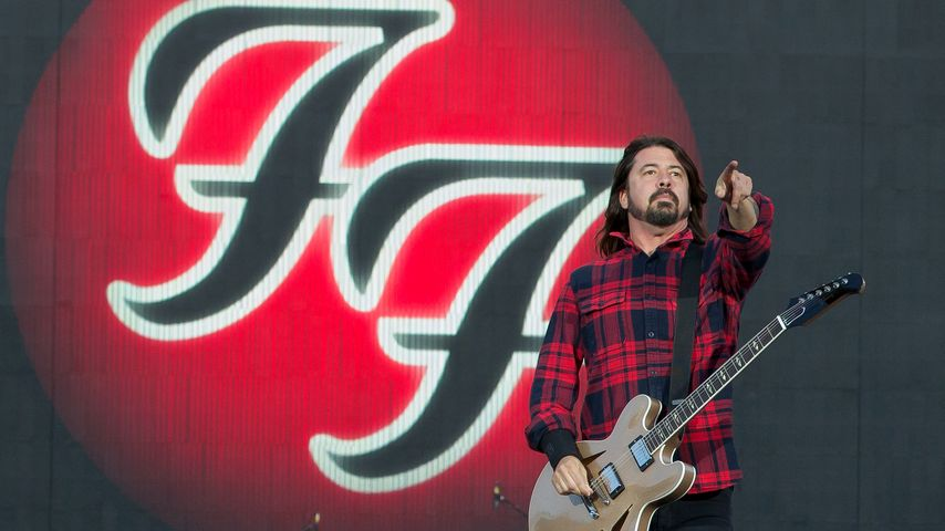 Nach Dave Grohls Beinbruch: Foo Fighters sagen Tour ab