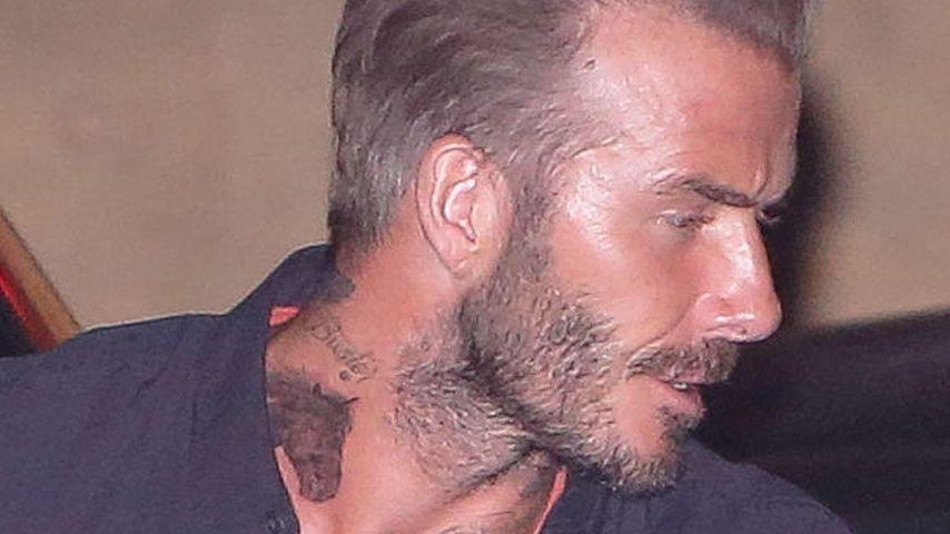 David Beckhham mit neuem Pferde-Tattoo am Hals bei einem Familiendinner in Malibu