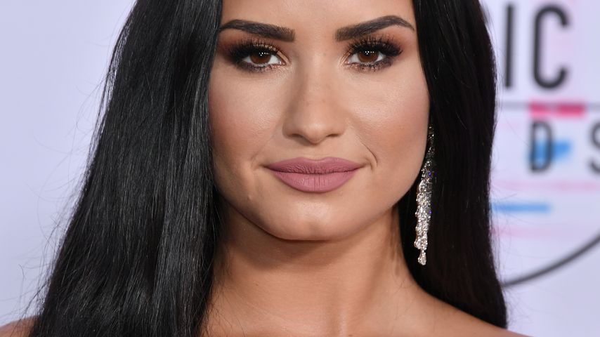Demi Lovato bei den American Music Awards in L.A. im November 2017