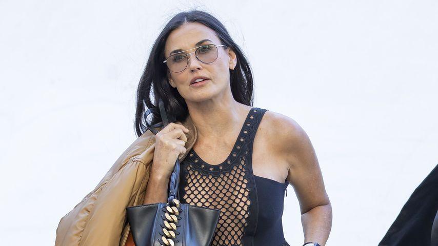 Demi Moore auf der Paris Fashion Week 2021