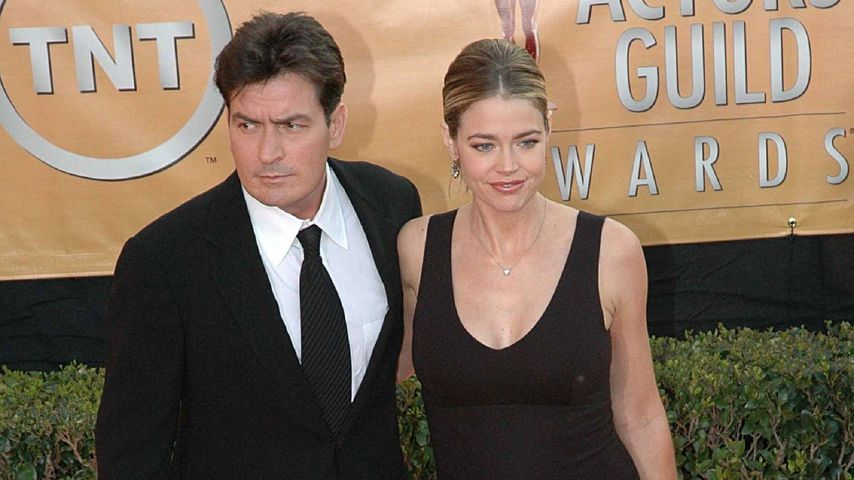Charlie Sheen und Denise Richards