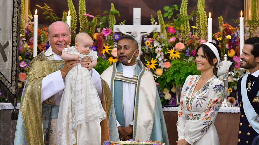 In der Kirche: Erste Einblicke in die Taufe von Prinz Julian
