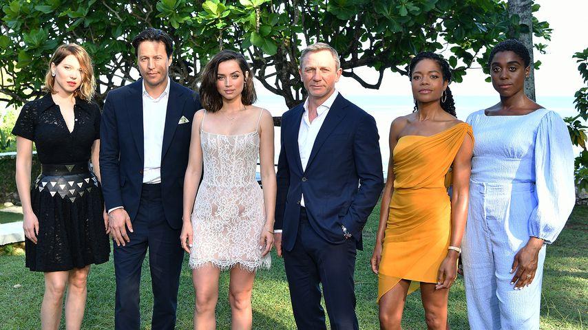 """Cary Fukunaga und der Cast von """"Bond 25"""""""