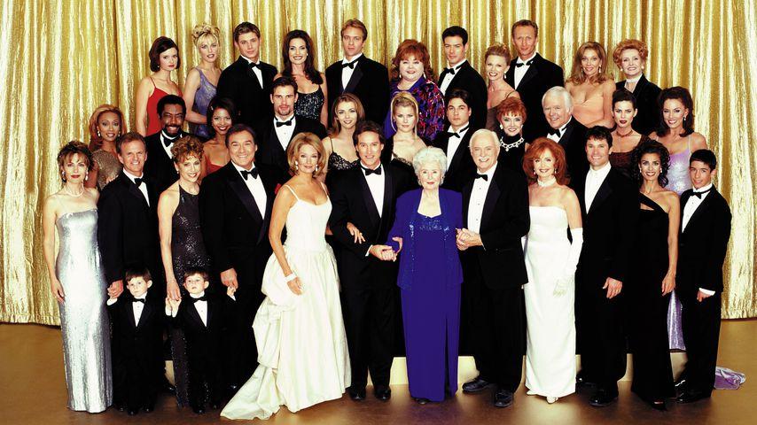 """Der Cast von """"Zeit der Sehnsucht"""" im Jahr 2000"""