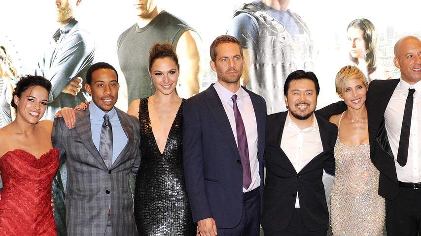 """Der Cast von """"Fast & Furious 6"""", darunter Gal Gadot und Paul Walker"""