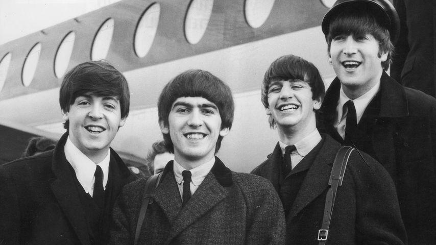 Die Beatles am Londoner Flughafen im Februar 1964