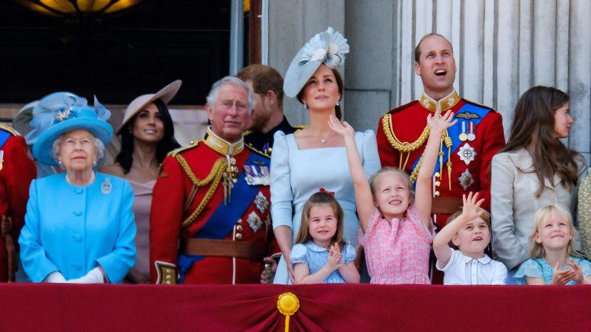 Die britische Königsfamilie auf dem Balkon des Buckingham Palace'