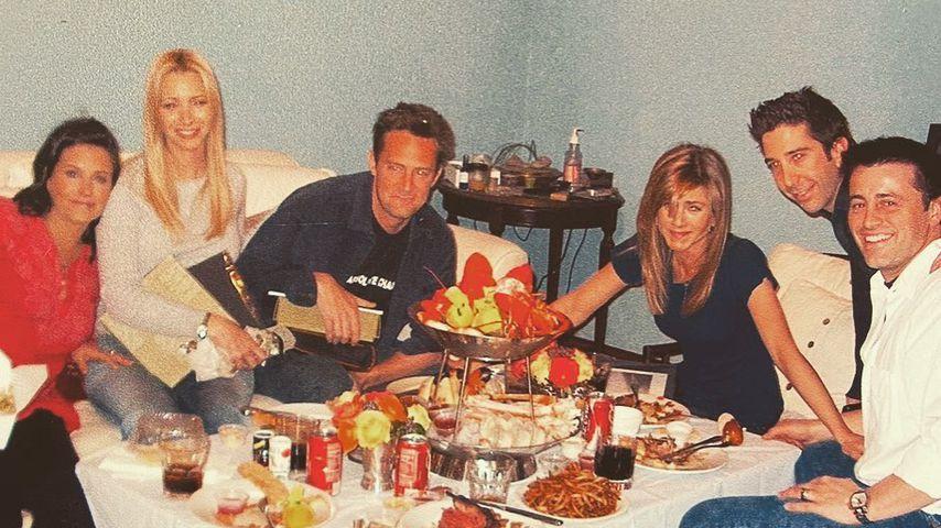 """Die """"Friends-""""Stars am letzten Drehtag der Serie im Januar 2004"""