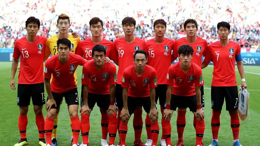 Fiese Eier-Klatsche: Südkorea-Kicker nach WM-Aus beworfen!