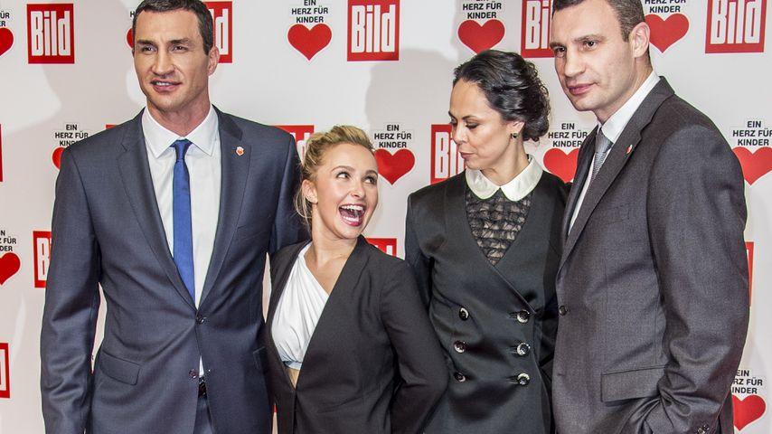 Hayden Panettiere, Wladimir Klitschko, Vitali Klitschko und Natalia Klitschko