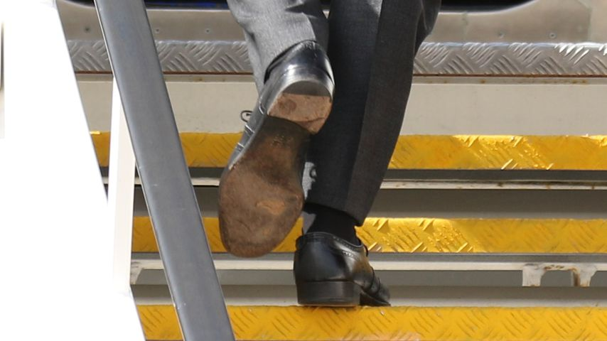 Die linke Sohle von Prinz Harrys Schuhen