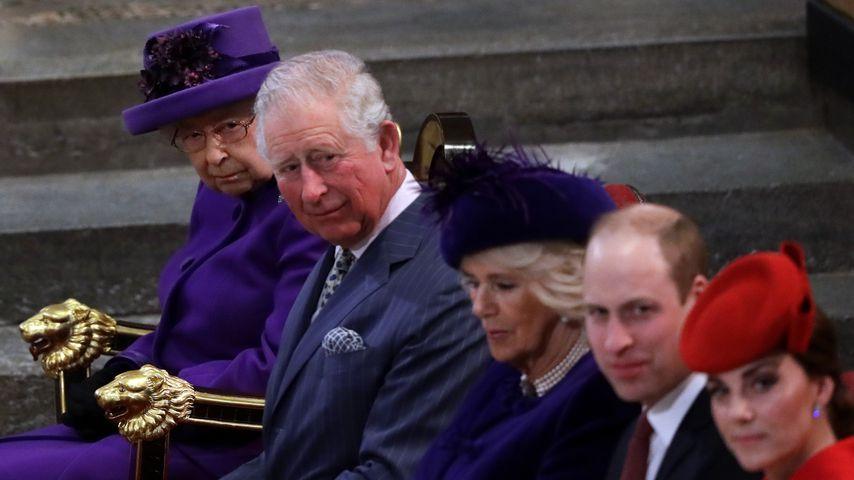 Queen Elizabeth II., Prinz Charles, Herzogin Camilla, Prinz William und Herzogin Kate