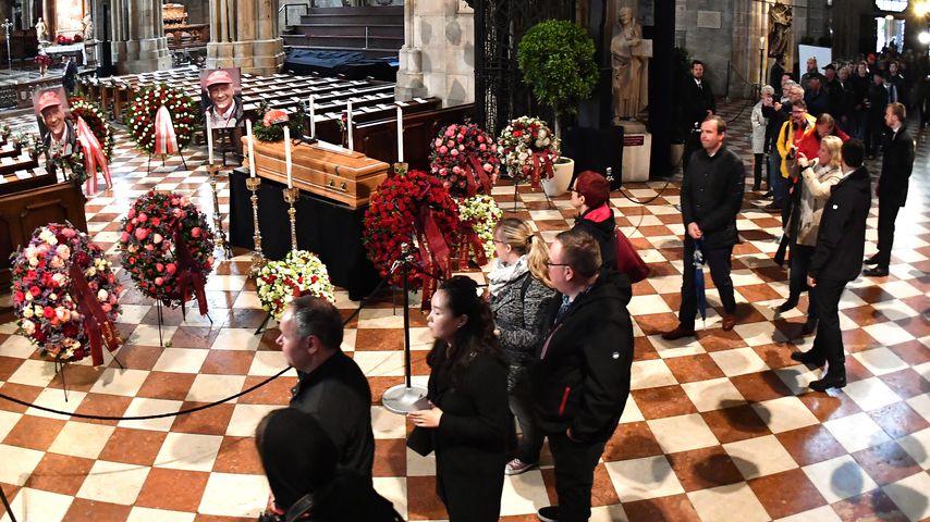 Freunde & Familie nehmen Abschied: Niki Lauda wird beerdigt