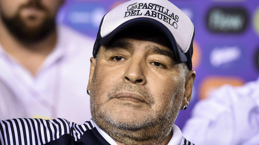 Sofort gefeuert: Bestatter schoss Foto mit Maradonas Leiche