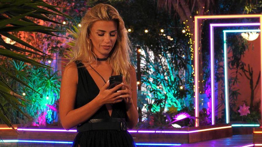 """Qual der Wahl: """"Love Island""""-Dijana reißt Couple auseinander"""