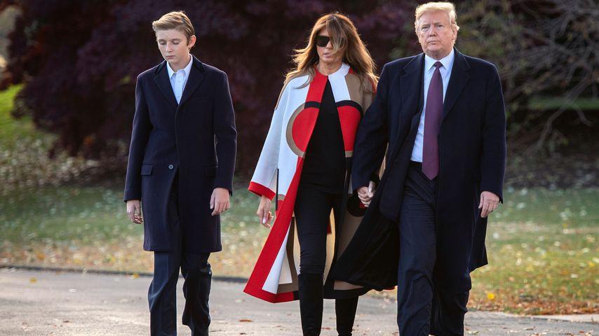 Schon wieder! Melania schlägt erneut Trumps Hand weg