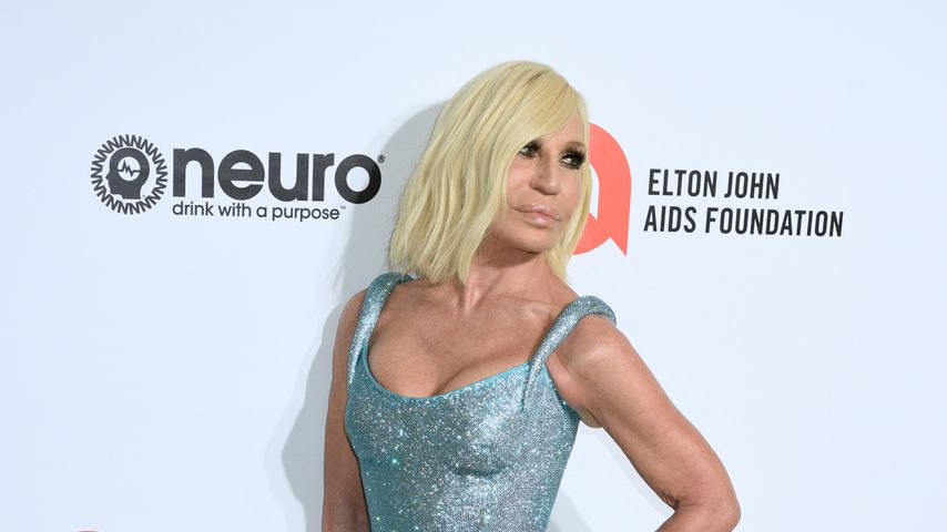 Donatella Versace im Februar 2020 in Los Angeles bei AIDS Foundation Oscar Viewing Party