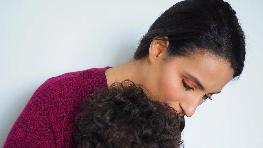Dounia Slimani mit ihrem Sohn Mikael