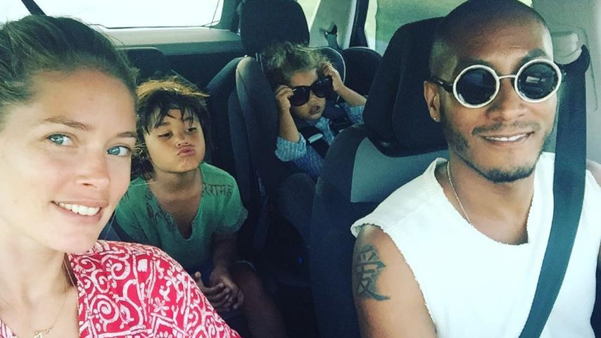 Doutzen Kroes mit DJ Sunnery James und den gemeinsamen Kindern Phyllon (h.l.) und Myllena