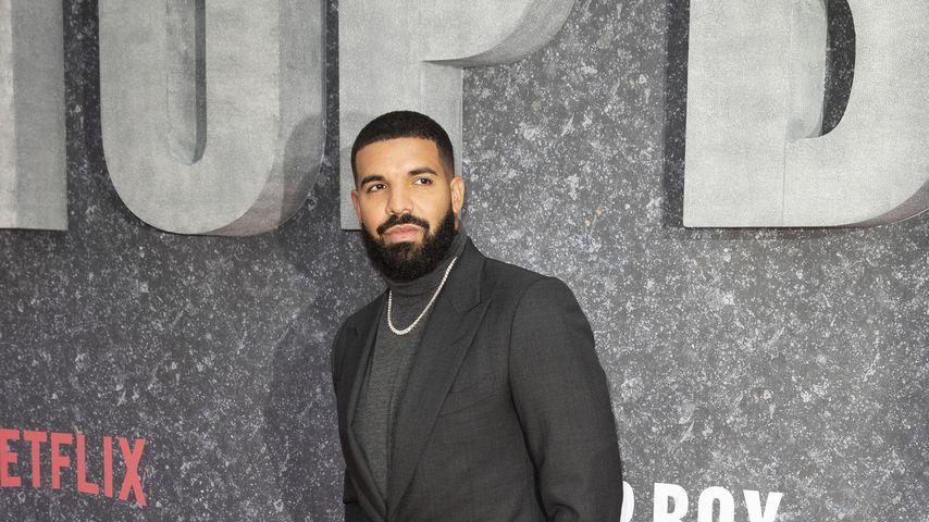 Rapper Drake gönnte sich eine Kette für eine Million Dollar