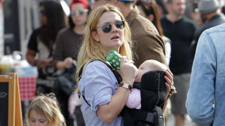 Mama Drew Barrymore fühlt sich wie ein Känguru