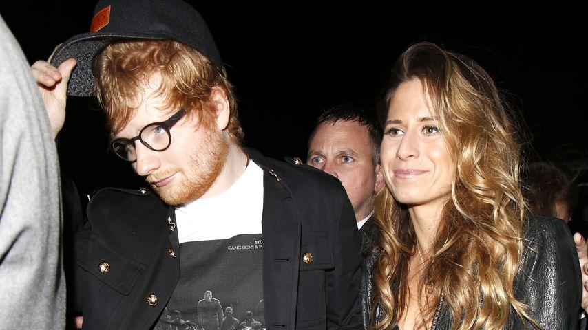 Ed Sheeran verlobt sich - und postet das Beweisfoto