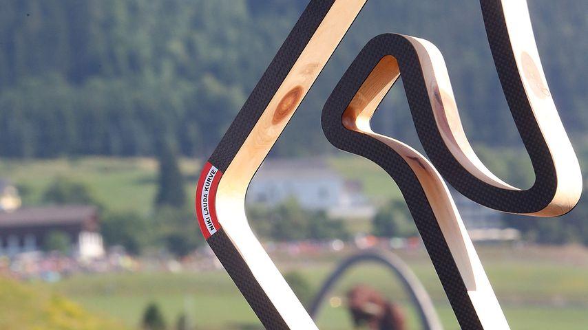 Nachbildung der Rennstrecke in Spielberg, auf der die Niki-Lauda-Kurve rot markiert ist
