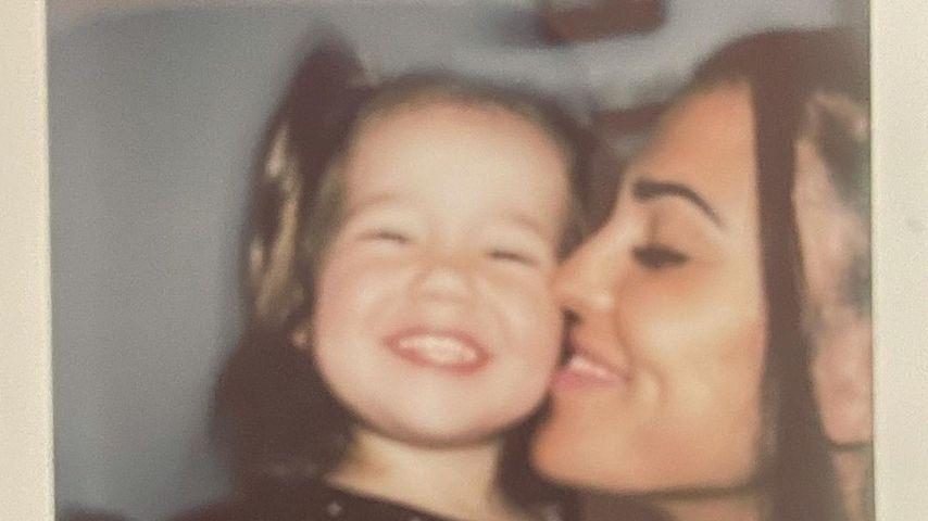 Elena Miras und ihre Tochter Aylen im Juni 2021