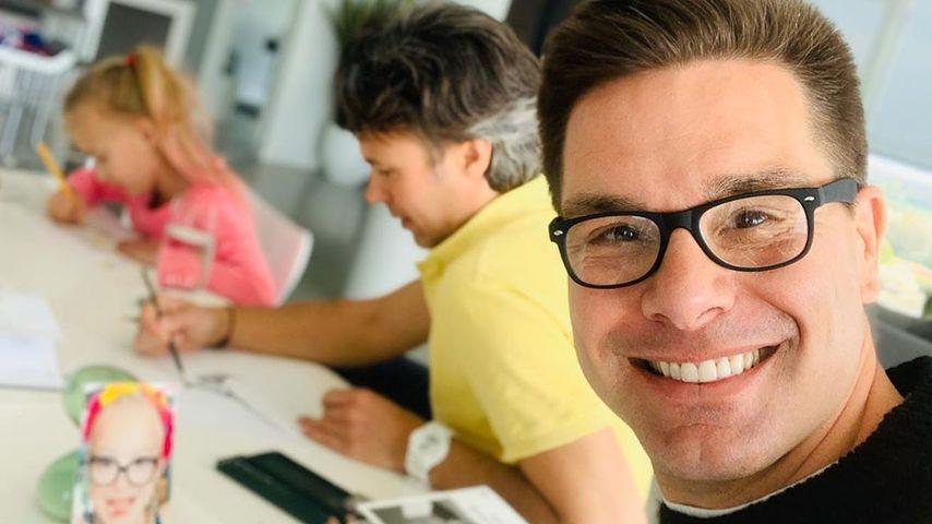 Eloy de Jong mit seinem Partner Ibo und seiner Tochter