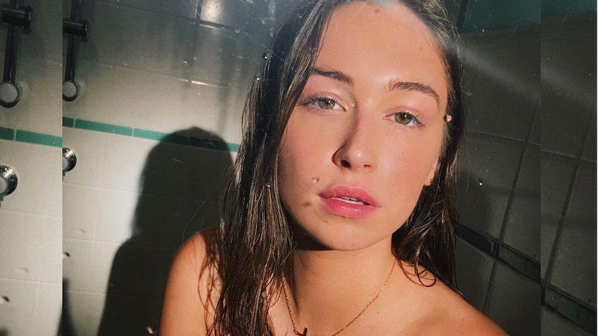 Elsie Hewitt, Model