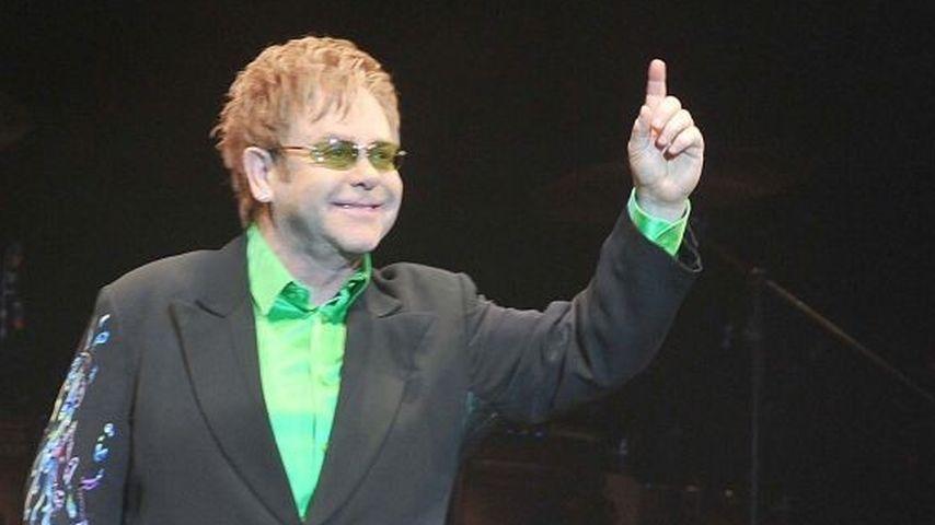 Elton John: Nun auch leiblicher Vater?