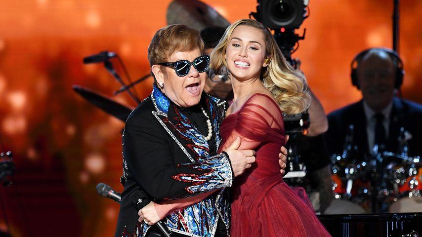 Elton John und Miley Cyrus bei den Grammy Awards 2018