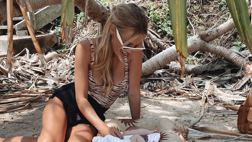 Elyse Knowles mit ihrem Baby Sunny im März 2021