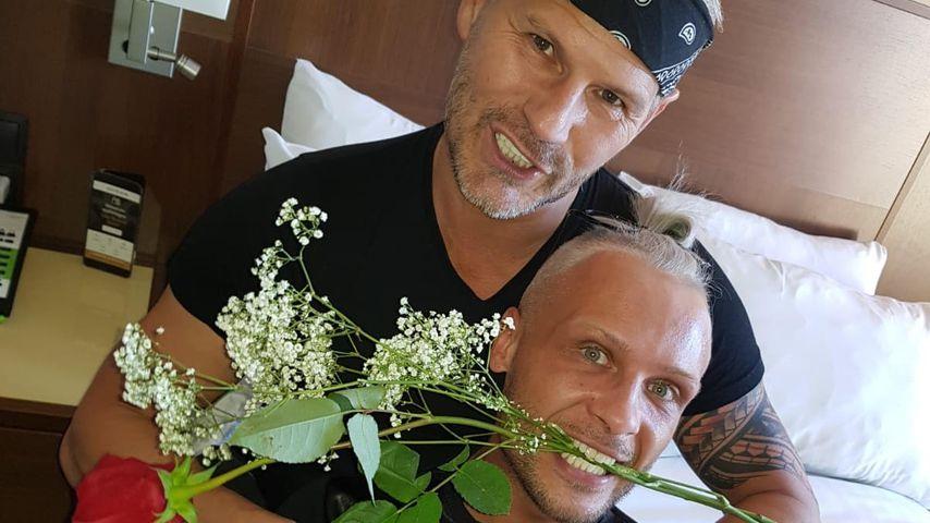 Romantisch am Valentinstag: Emil Kusmirek hat sich verlobt!