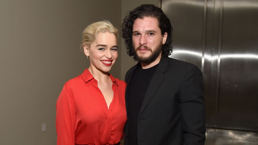 Emilia Clarke und Kit Harington bei der Sean Penn & Friends Benefizgala