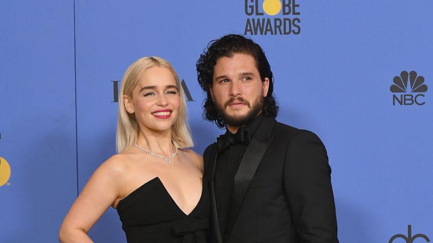 Jon Snow-Darsteller fand Kuss-Szene mit Emilia merkwürdig!