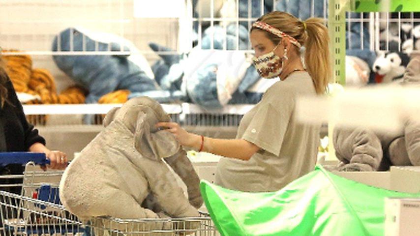 Der Nestbau beginnt! Schwangere Emma Roberts auf Möbelsuche